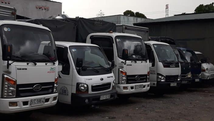 Đội ngũ xe tải của chuyển nhà 24H