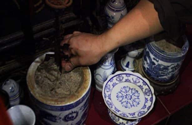 Khi chuyển từ nhà cũ sang nhà mới bạn có thể sử dụng bàn thờ và bát hương cũ hoặc thay mới hoàn toàn