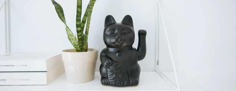 Mèo thần tài với ý nghĩa thu hút tài vận cho gia chủ