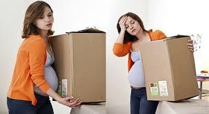 Không nên cho phụ nữ mang thai phụ giúp việc dọn dẹp nhà mới