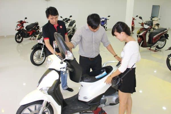những điều cần biết khi mua xe máy mới