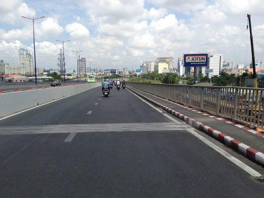 Phí bảo trì đường bộ còn đường gọi là chi phí sử dụng đường bộ.