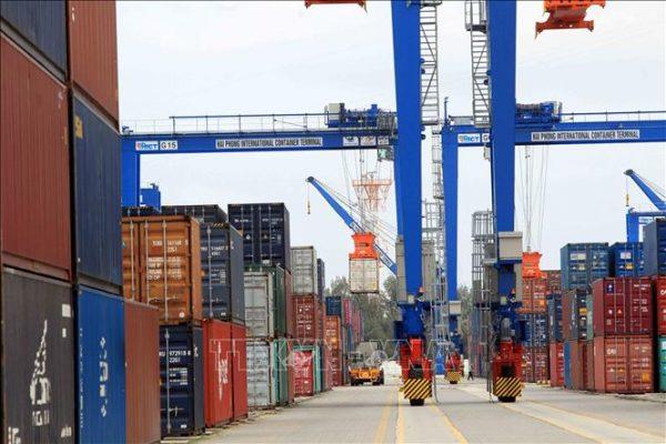 quy trình xếp dỡ hàng hóa container bạn cần biết