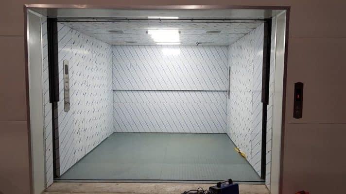 kích thước thang máy chở hàng 2021