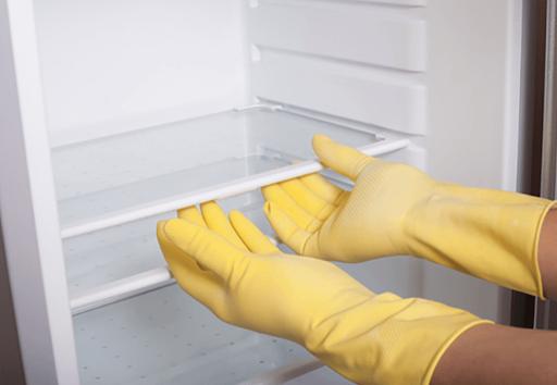 cách lau dọn tủ lạnh hết mùi